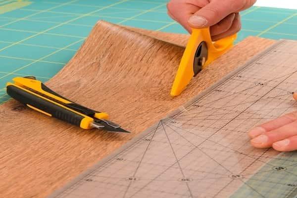 Нож для линолеума: как правильно резать линолеумное покрытие пола